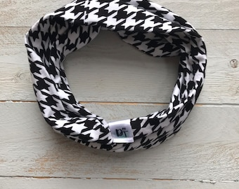 Infinity Scarf/ toddler scarf/ Baby boy infinity scarf/ Kids infinity scarf/ Baby scarf/ monochrome scarf/ black white scarf - Hounds Tooth