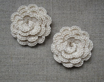 """set of 2 off-white flowers crocheted """"pink style"""""""