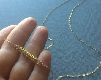 Minimalist Bar Necklace in Gold. Bar choker. Layered necklace. Yellow gold. Midwen jewelry
