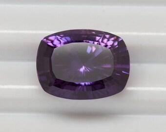 Violetish-Purple Certifed Sapphire 3,10 ct