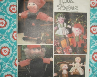 Vintage Little Vogue Sewing Pattern - Santa and Mrs Claus Elfs and more  -   1970's -  #1546