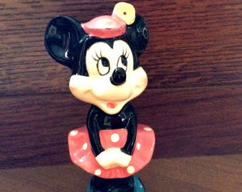 Cute MINNIE MOUSE figurine Walt Disney Productions made in Japan..High Gloss Perfect & NICE!