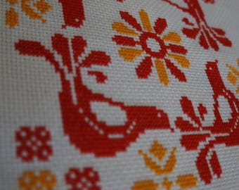 Pyrex Inspired Cross Stitch: Friendship Lid -- Pattern Only