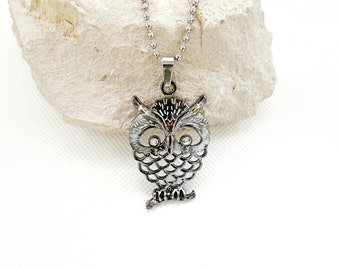 Reticulate large owl necklace, crystal eyes owl pendant, embossed necklace titanium alloy pendant, womans jewellry owl, pendants male owl,