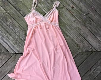 Small (34) peach nightgown