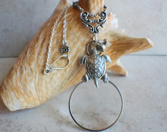 Magnifying Glass Necklace, Magnifying Glass Pendant, Turtle Pendant, Monocle Pendant, Turtle Necklace, Magnifier, Magnifying Loupe