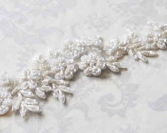 Lace Bridal Sash, floral lace wedding sash, ivory sash, white, bridal belt, double faced satin sash with lace - 101S