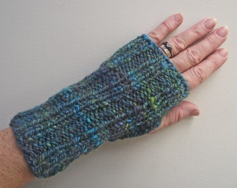Green Wristwarmers, Handspun Artisan Fingerless, Blue Green Turquoise Sparkle Mitts, Texting Gloves,  Handspun Knitted Variegated Art Yarn