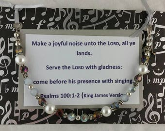 Make a Joyful Noise bracelet