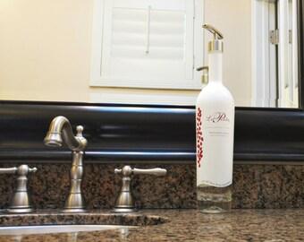 La Pinta Soap Dispensers / Dish Soap Bottle / Tequila Reserva / bathroom Decor pump / Tequila Gifts / Glass Soap Dispenser Kitchen Soap