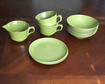 Allied Chemical 14 Piece Set - 2 Cups, 1 Creamer, 3 Small Plates and 8 Bowls - Avocado Green - Melmac Melamine