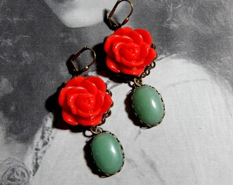 Red Rose and Green Aventruine Victorian Style Earrings - Vintage Style Cabochon Floral Earrings