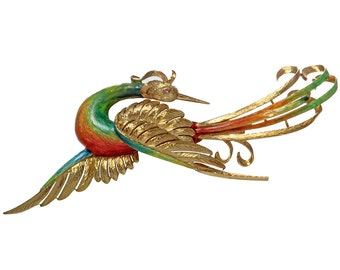 Beautiful brooch of bird 18kt yellow gold and colored enamel.