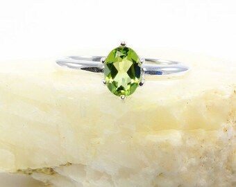 Peridot ring, ring peridot, sterling silver peridot ring, genuine green peridot, ring size 3 4 5 6 7 8 9 10 11 12 13