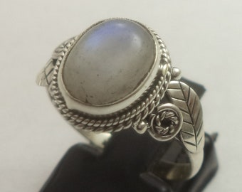925 sterling silver ring, moonstone ring, rainbow moonstone ring, sterling silver ring, moonstone silver ring