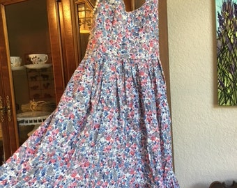 Floral Print Sundress With An Elastic Back And 2 Big Front Pockets