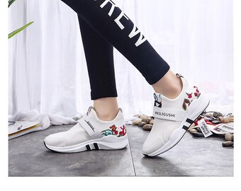 Floral print Korea fashion low cut sneakers women's fashion