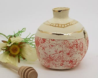 Ceramic hone  jar, Ceramic honey pot, ceramic honey dipper, ceramic pomegranate, Rosh Hashanah, GOLD  Red and white pomegranate, 1002