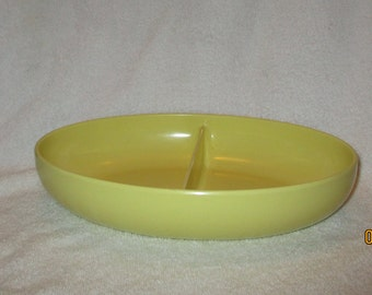 Vintage Watertown Lifeiime Ware Yellow Melamine Divided Serving Bowl