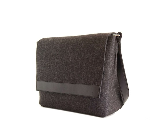 Mens MESSENGER BAG / black messenger bag / felt and leather messenger bag / mens satchel / messenger bag for men / mens bag / made in Italy