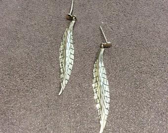 Vintage leaf design drop earrings, gold drop earrings,vintage earrings,golden anniversary earrings,long drop earrings,quality earrings