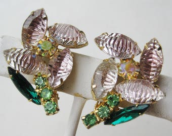 Vintage 50s 60s Pink Iridescent Molded Glass Rhinestone Flower Clip On Earrings