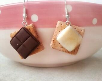 Solid silver S'mores earrings, miniature food jewelry, marshmallow, best friend gift, food earrings, kawaii jewelry, fairy kei, sweet lolita