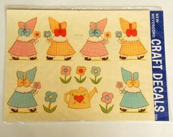 Vintage Meyercord Decals, Sun Bonnet Sue, Stickers Appliques, Cottage Garden Decor, Baby Girl Nursery, 1970s NOS Unopened
