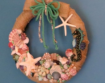 Burlap beach wreath with seashells and seahorse_beach wreaths_beach decor