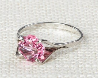 Light Pink Vintage Ring Rhinestone Gem Silver 6.5 mm US Womens Sizes 7D