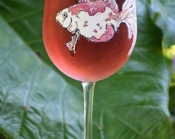 Goldfish Wine Glass