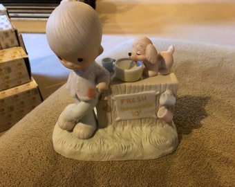 """Precious Moments Figurine - E-5202 """"Thank you for coming to my aid"""""""