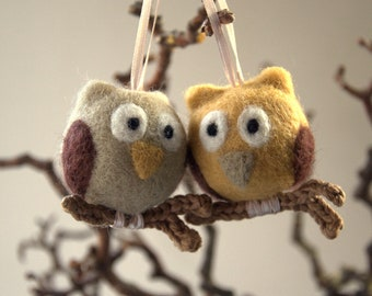 2 needle felted owls ornament on crochet wooden branch gift for her Mother child woodlands nursery decor fantasy bird grey beige