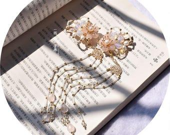 Handmade hair clip,flower hair clip,wedding hair clip,bride hair clip,gift for women,gift for girlfriend,wedding accessories