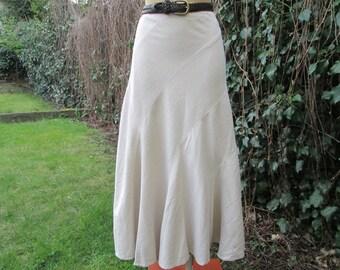 Linen Skirt / Long Skirt / Skirt Vintage / Maxi / Size EUR46 / UK18 / Viscose / Lining / Beige / Linen Skirt