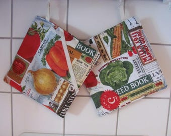 Pot flaps with fruit and vegetable motifs. 20 x 20 cm
