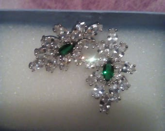 earrings  emerald diamond