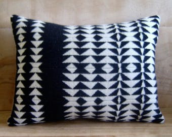 Tribal Pillow • Boho Decor • Southwestern Pillow • Southwest Decor • Western Pillows • Bohemian Decor • Tribal Arrows • Black and White