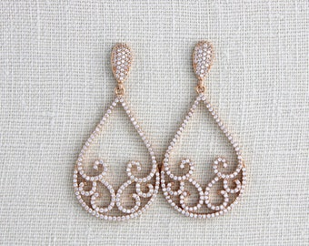 Rose Gold earrings,  Bridal earrings, Bridal jewelry, Wedding earrings, Wedding jewelry, Teardrop earrings, Chandelier earrings, Swarovski