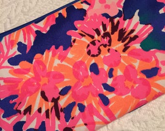 Lilly Fabric Wristlet.