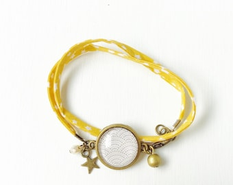 Fabric bracelet yellow star - Cabochon beige waves