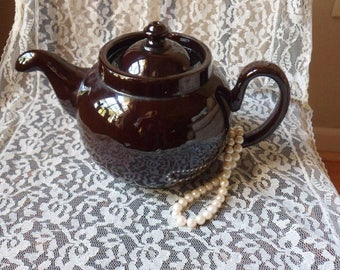 Dark Brown Dripless Teapot with Turned Down Spout