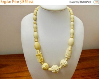 On Sale Vintage Carved Plastic Beaded Necklace Item K # 1430