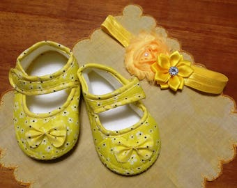 Vintage beautiful baby yellow set of shoes and headband hair band Easter holiday baby shower gifts for baby yellow fabric shoes satin bands