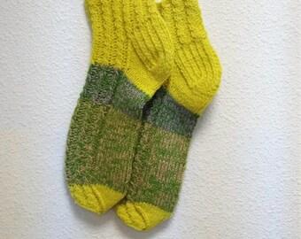 Hand knitted yellow lambswool socks Size 38-39 EU/6 1/2-8 women 5 1/2-7 men US Warm sleeping,yoga,cold weather socks Great Christmas gift