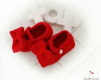 Red Ruby Slippers - Baby Ruby Slippers. Baby Mary Jane Style, Baby Shoes. Baby Girl Shoes. Baby Shower Gift. Infant Slippers. Baby Booties.