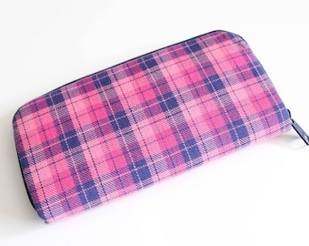 Womens zip around wallet / Checkbook Cell Phone Passport Credit Card Wallet / Accordian wallet / Pink and Navy plaid