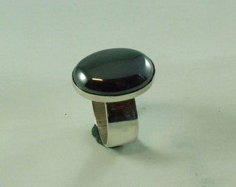 Silver ring with Hematite 18 x 13 mm size 16.5