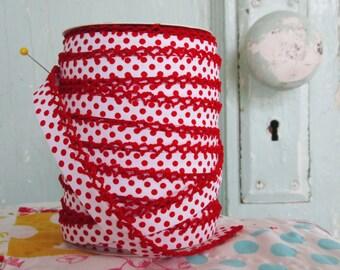 Red on White Polka Dot Crochet Bias Tape (No. 204).  Sewing Supplies.  Bias Tape by the Yard.  Red Bias Tape.  Quilt Binding Bias.