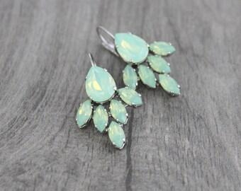 Mint green earrings, Opal Crystal Bridal earrings, Bridal jewelry, Swarovski earrings, Green earrings, Wedding jewelry, Wedding earrings